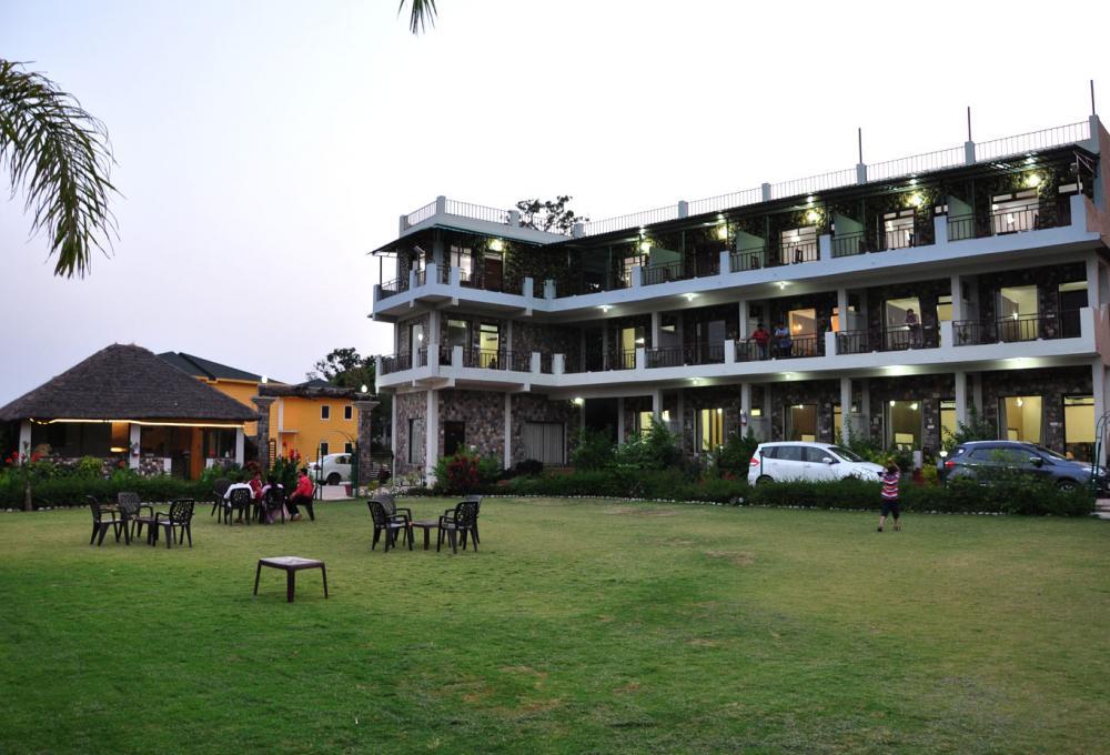 1 Night 2 Days Package Jungle Treasure Resort