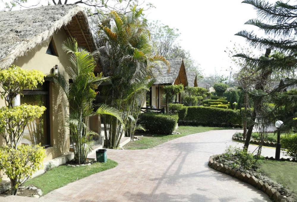 Ac Hut View resort