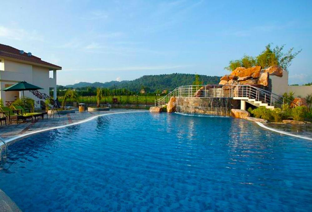 Swiming Pool De coracoa resort