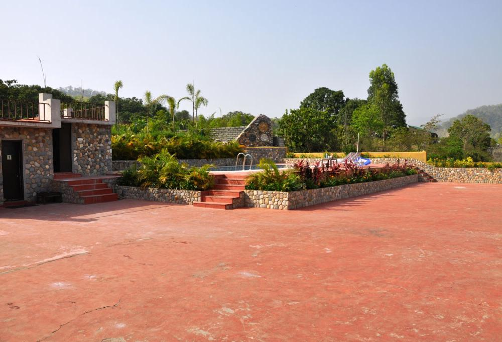 Jungle Treasure Resort In Jim Corbett
