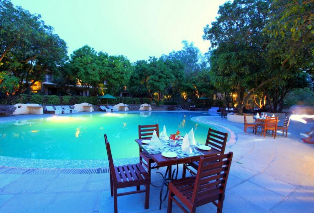 Swiming Pool Infinity Resort