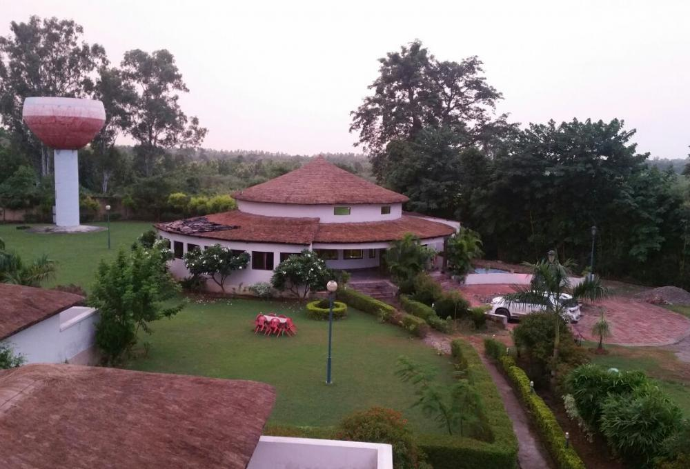 Jungle Holiday Resort in Jim Corbett National Park