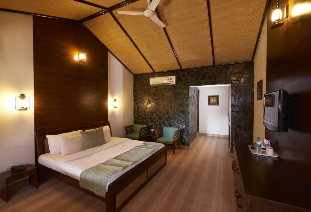 Wilderness Room Acorn Resort Corbett