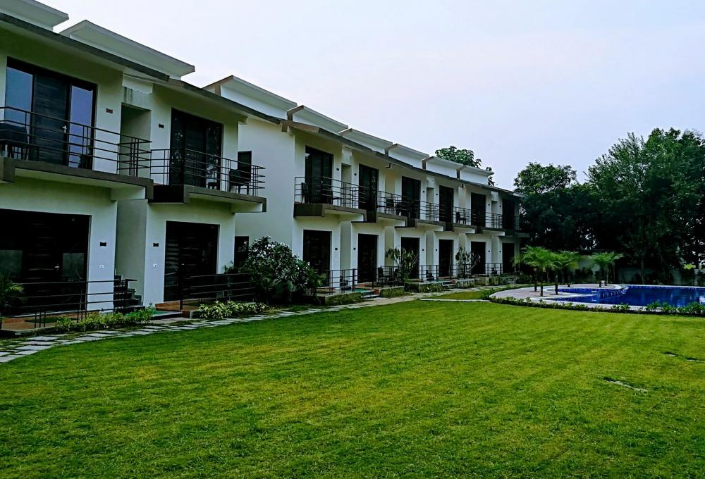 Panaroma Resort In Jim Corbett