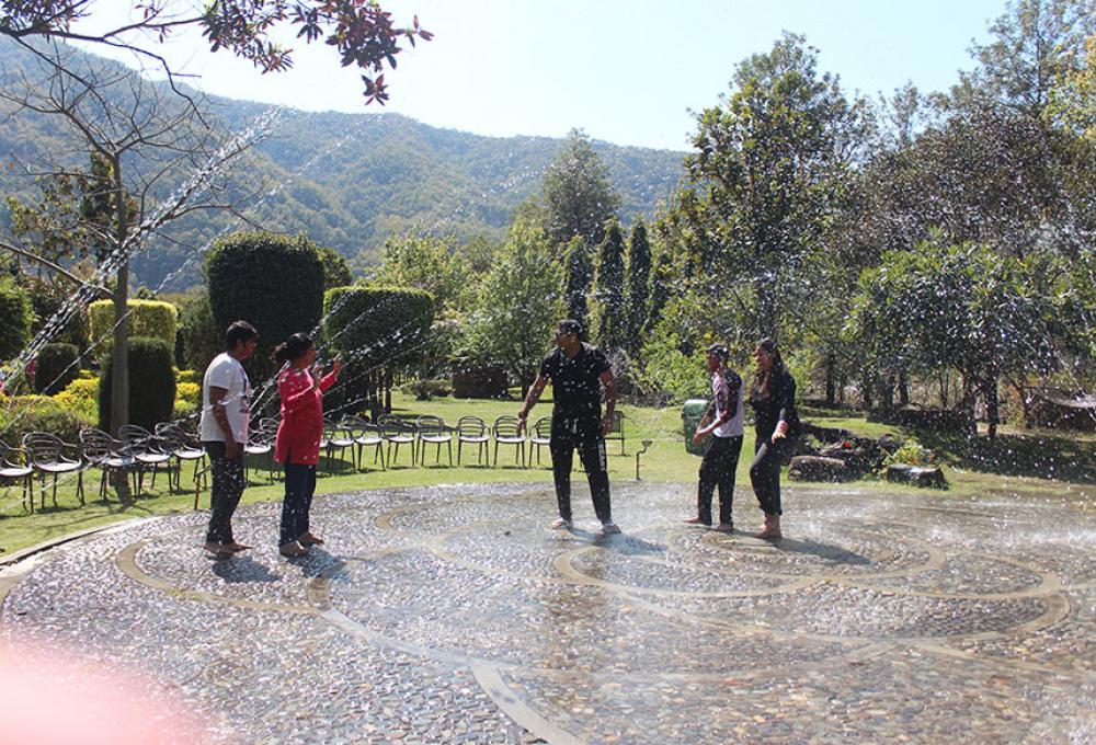 Holi Solluna Resort