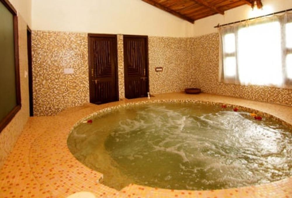 Jaccuzi Ashoka's Tiger Trail Resort