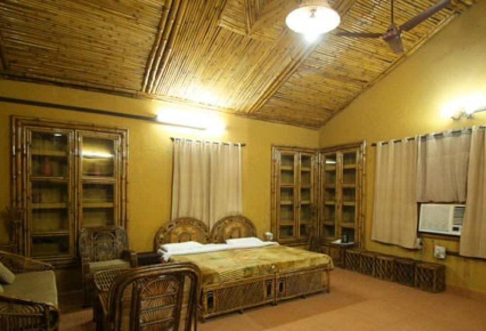 Jungle Cottage Ashoka's Tiger Trail Resort