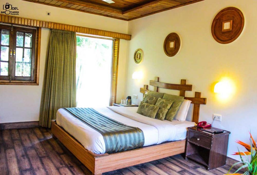 Jungle Leela Resort In Dhikuli