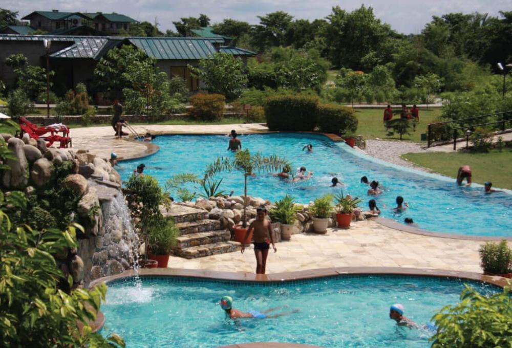 Swiming Pool Aahana Resort