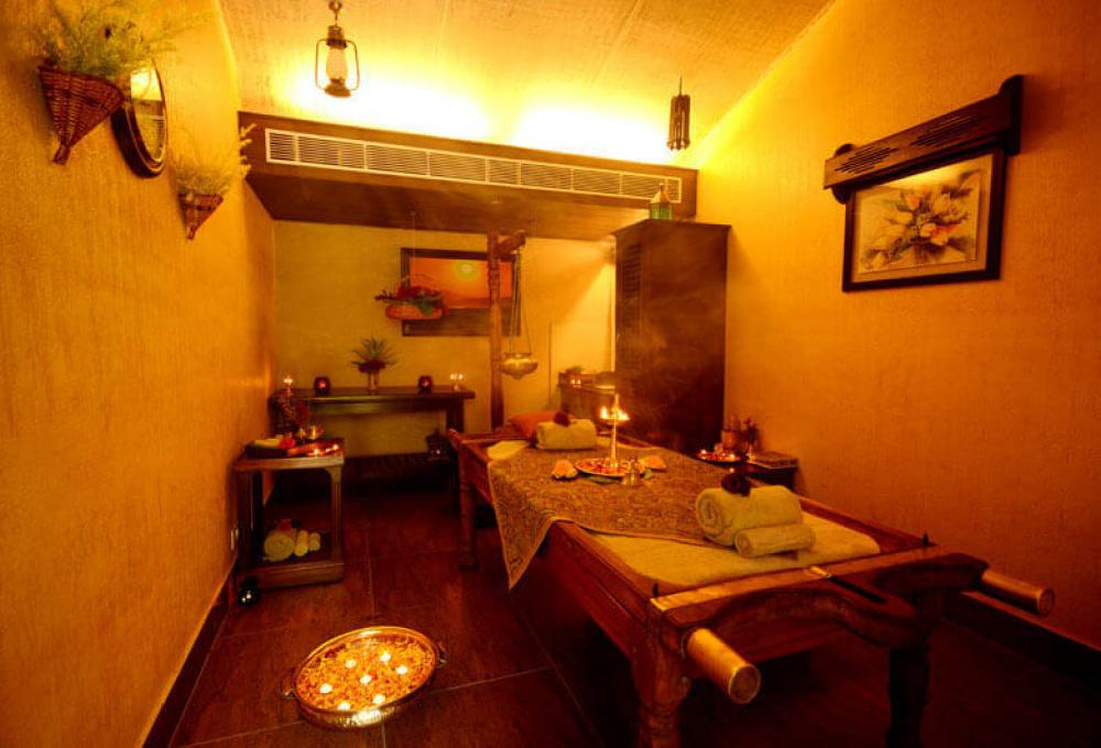 Naturopathy Center Aahana Resort