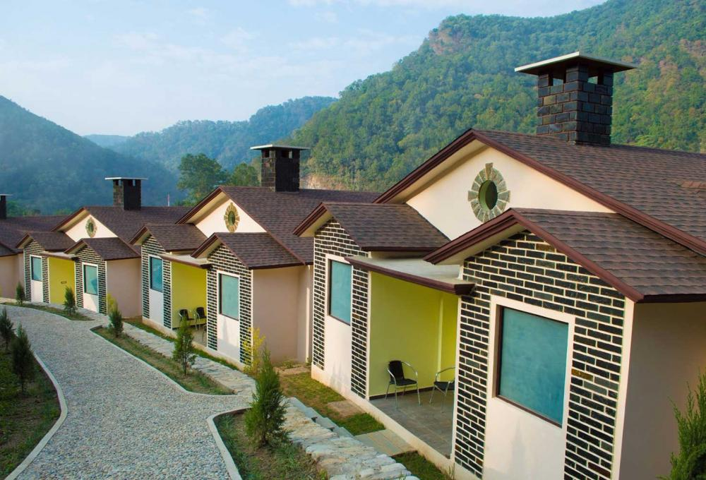 Fornt View La Tigre Resort