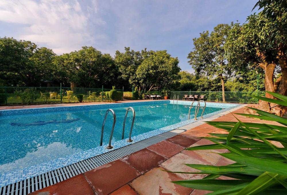 Swimming Pool Corbett Aroma Havens