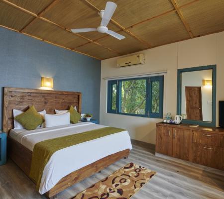Acorn Suites ( 10 Room )